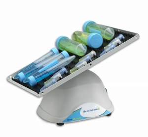 MiniMixer 3D Nutating Shaker, fixed speed 10x7.5 platform, dimpled mat, 230V