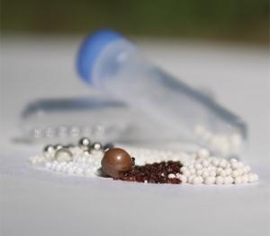 Beadbug & Beadblaster  Pre-filled Tubes Triple Pure Garnet Beads 6mm Zirconium (